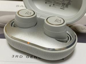 完全ワイヤレスイヤホン「B&O Beoplay E8 3rd Generation」  エージング&アップデートで音質向上